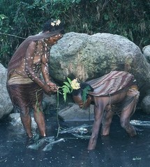 Dani tribe – Papua highlands – Irian Jaya – Women in solty water