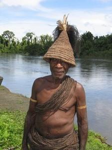 Papua– Mamberamo people– Kai tirbe