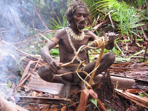 Kombai tree people tribe – Papua lowlands – Irian Jaya